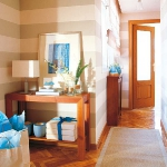 table-lamps-interior-ideas-in-hallway9.jpg