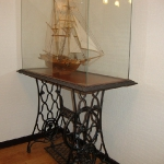 tables-ideas-of-repurpose-old-treadle-sewing-machine1-12.jpg