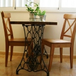 tables-ideas-of-repurpose-old-treadle-sewing-machine5-2.jpg