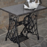 tables-ideas-of-repurpose-old-treadle-sewing-machine5-5.jpg
