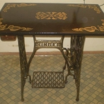 tables-ideas-of-repurpose-old-treadle-sewing-machine7-3.jpg