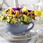 tea-cup-as-floral-vases3.jpg