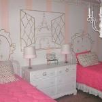 teen-room-in-love-paris4.jpg