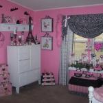 teen-room-in-love-paris-room4-4.jpg