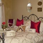 teen-room-in-love-paris-room5-1.jpg