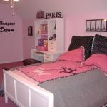 teen-room-in-love-paris-room6-1.jpg