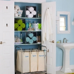towels-storage-ideas-in-large-bathroom2-1.jpg