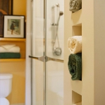 towels-storage-ideas-in-small-bathroom5-7.jpg