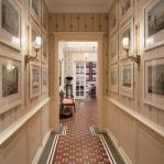 traditional-decor-for-foyer-art2.jpg