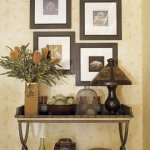 traditional-decor-for-foyer-composition11.jpg