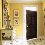 traditional-decor-for-foyer-floor1.jpg