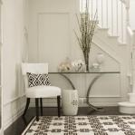 traditional-decor-for-foyer-floor2.jpg
