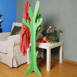 tree-shaped-clothes-racks-by-welland3.jpg