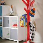 tree-shaped-clothes-racks-by-welland6.jpg