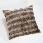 trendy-cushions-for-cold-seasons4-4.jpg