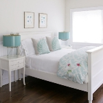 turquoise-and-white-in-bedroom2-1.jpg