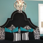 turquoise-and-black-in-bedroom3.jpg