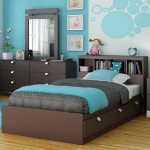 turquoise-and-brown-in-bedroom3.jpg
