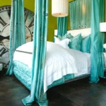 turquoise-and-cold-colors-in-bedroom1.jpg