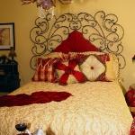 update-yellow-bedroom-3stories1-1.jpg