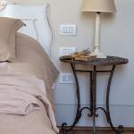 vintage-guest-house-in-florence-bedroom2-1.jpg