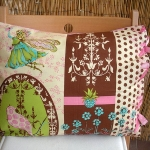vintage-pillow-by-andreia4-1.jpg