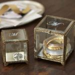 vintage-style-jewelry-holders-potterybarn6.jpg