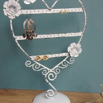 vintage-style-jewelry-holders-notonthehighstreet8.jpg