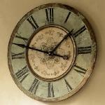 vintage-wall-clock-in-interior-details1-1.jpg