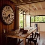 vintage-wall-clock-in-diningroom2.jpg