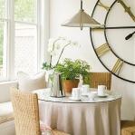 vintage-wall-clock-in-diningroom3.jpg