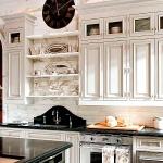 vintage-wall-clock-in-kitchen3.jpg