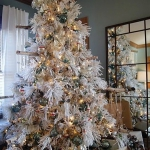 white-christmas-tree-beautiful-decoration1-8
