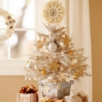 white-christmas-tree-beautiful-decoration2-8