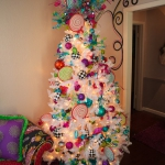 white-christmas-tree-beautiful-decoration3-4