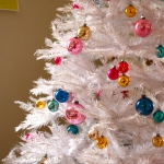 white-christmas-tree-beautiful-decoration6-1