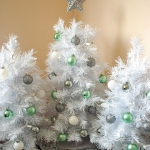 white-christmas-tree-beautiful-decoration6-7