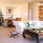 white-livingroom-tour1-3.jpg