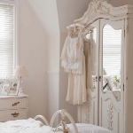 white-shabby-chic-english-houses1-8.jpg