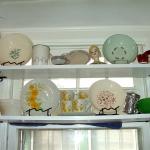 window-shelves-ideas-for-dinnerware1-5.jpg