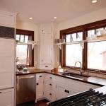 window-shelves-ideas-for-dinnerware1-9.jpg