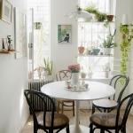 window-shelves-ideas-for-plants2-5.jpg