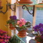 window-shelves-ideas-for-plants4-2.jpg