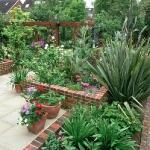 wonderful-nooks-in-garden1.jpg