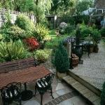 wonderful-nooks-in-garden13.jpg