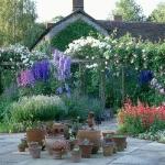 wonderful-nooks-in-garden16.jpg