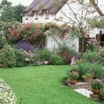 wonderful-nooks-in-garden25.jpg