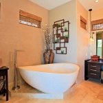 wonderfull-stories-from-hawaii-bathroom1.jpg