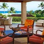 wonderfull-stories-from-hawaii-livingroom1.jpg