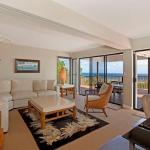 wonderfull-stories-from-hawaii-livingroom5.jpg
